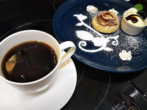 20180916草津温泉カフェ花栞(はなしおり)ホットコーヒー、アップルパイ