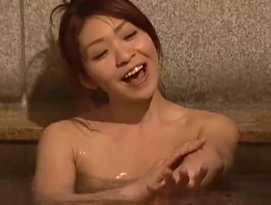 ヘンリー塚本 温泉旅行は女を大胆にエロくさせる温泉で生中出し