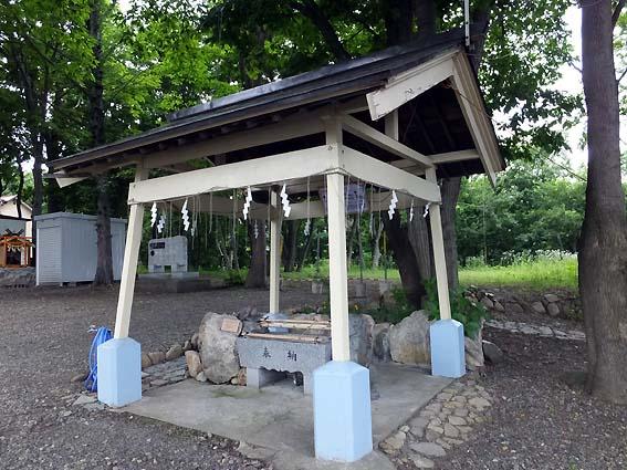 星置神社の手水舎