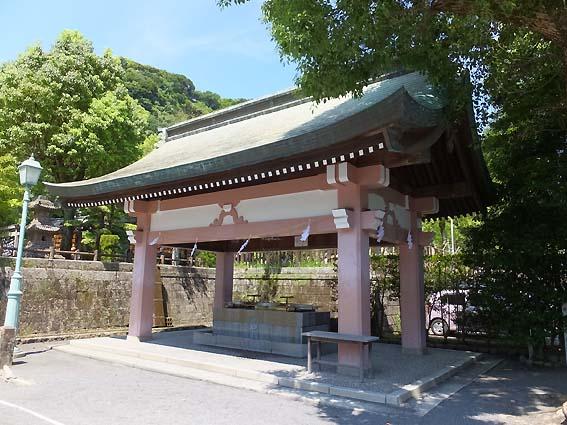 照國神社の手水舎