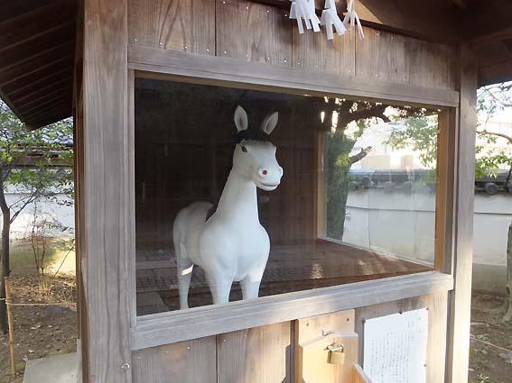 刺田比古神社神馬像