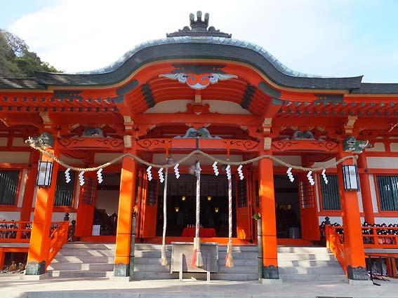 淡嶋神社拝殿