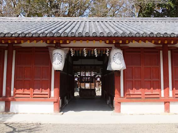 国宝の櫻井神社拝殿