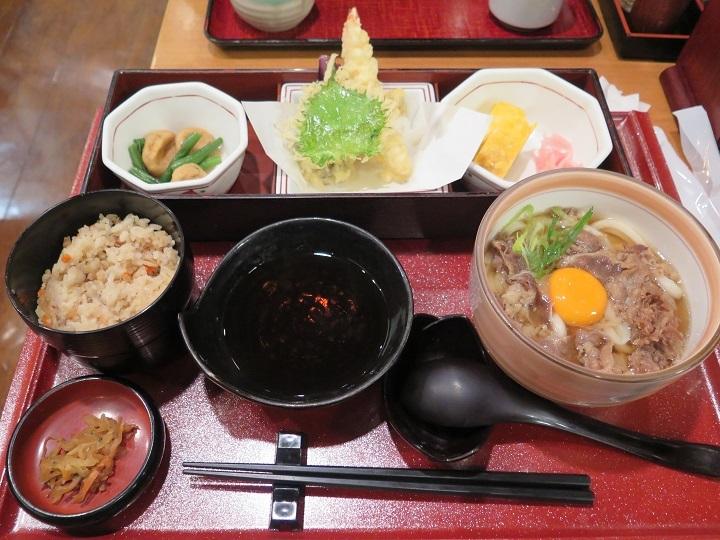 東京で夕食