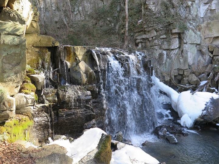 八流の滝1