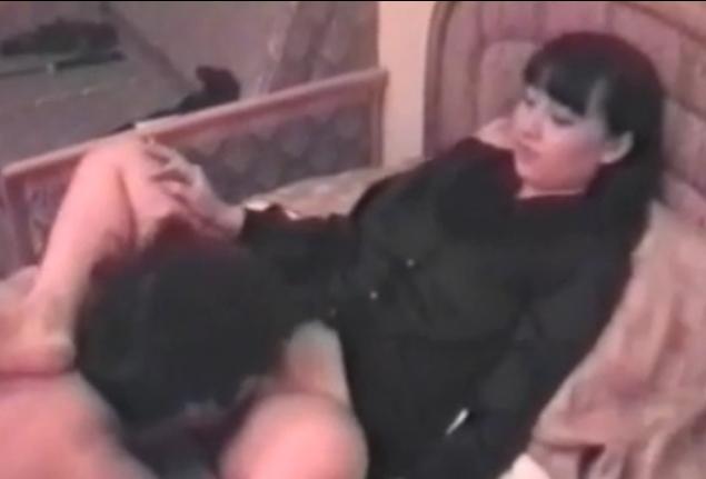 舐め犬 女王様 クンニ M男 調教 BDSM