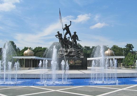KL国家記念碑