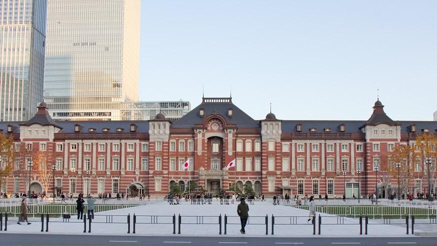 東京駅丸の内中央広場201712