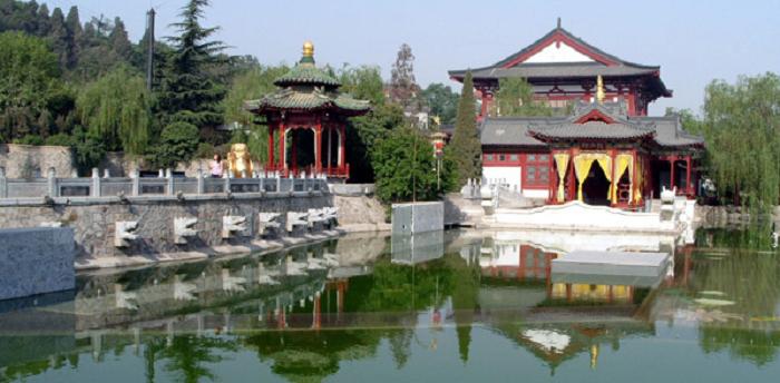 興慶宮 沈香亭