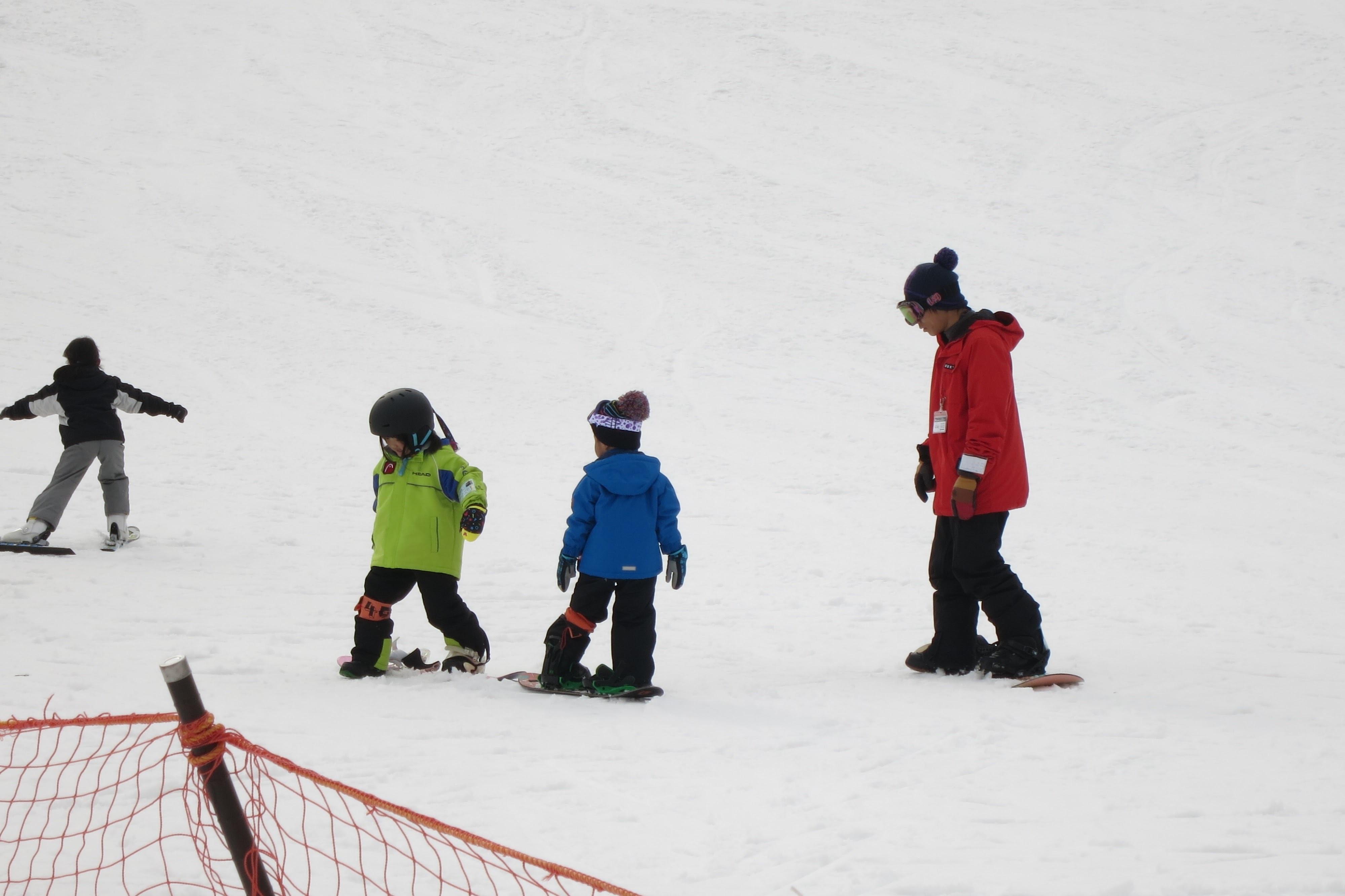 4歳にして初スノーボード in ちくさ高原