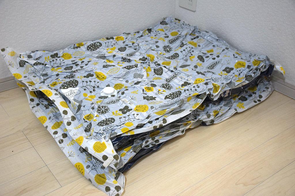 手動ポンプ付きの圧縮袋で寝袋の収納が簡単に5