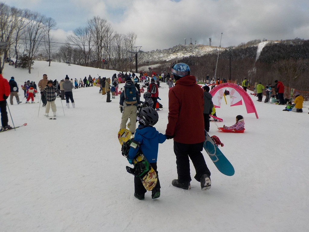 14年ぶりの新設スキー場へ行ってきました 峰山高原リゾート ホワイトピーク3
