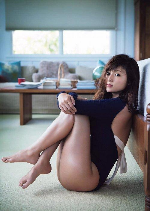 深田恭子グラビア画像b25