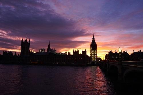 ロンドン (84)