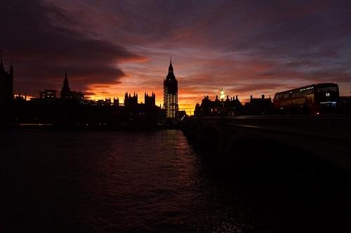 ロンドン (86)