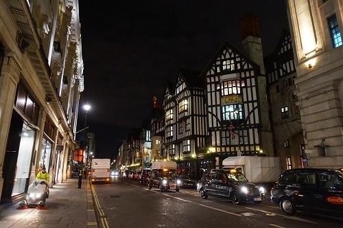 ロンドン (112)