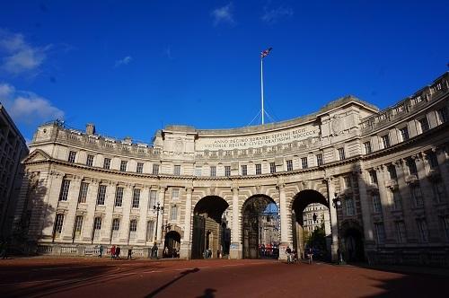 ロンドン (104)