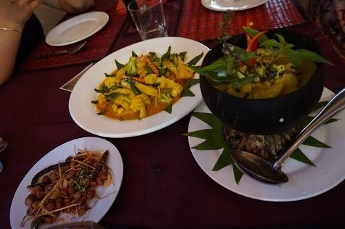 2.食べ物カンボジア (1)