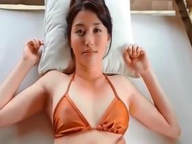 【お宝】橋本マナミ 妖艶な笑みを浮かべながら乳首を見せちゃってるエロすぎイメビ