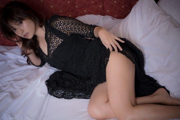 深田恭子(35)の最新オカズ写真集で今年のクリトリススマスの性なる夜をシコリ倒して過ごす予定。(※写真あり)