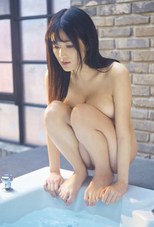 葉加瀬マイのGカップ完熟美巨乳おっぱい19
