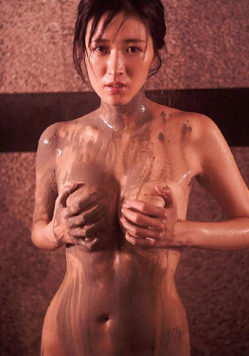 葉加瀬マイのGカップ完熟美巨乳おっぱい36
