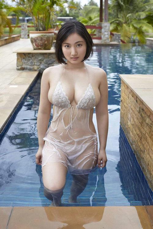 紗綾のまだまだ成長途上の巨乳おっぱい36