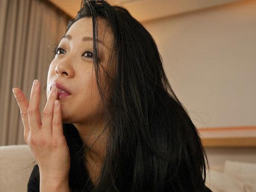 小向美奈子のデカ過ぎる垂れ爆乳おっぱい26