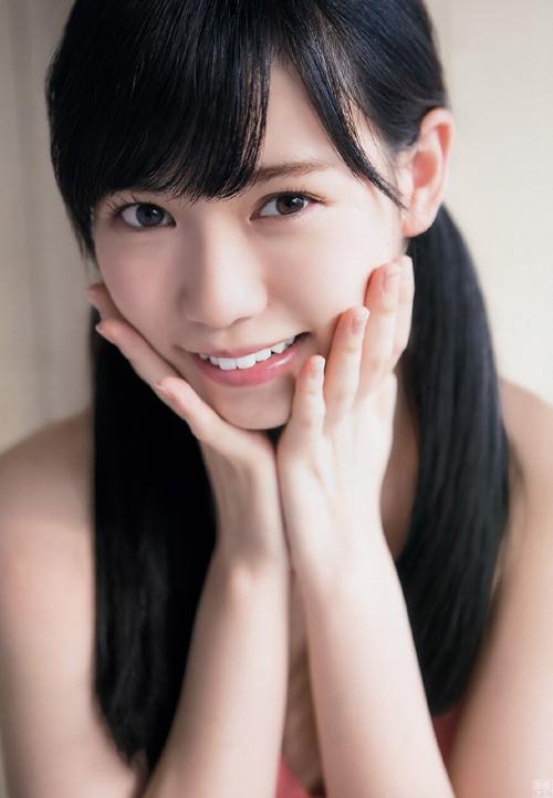 運上弘菜(19) 北海道出身の正統派アイドル、初グラビア。