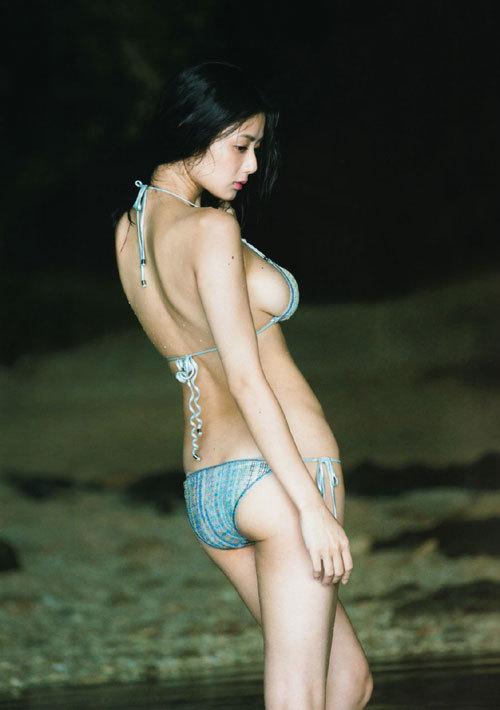 片山萌美の巨乳輪のおっぱいがエロ過ぎ35