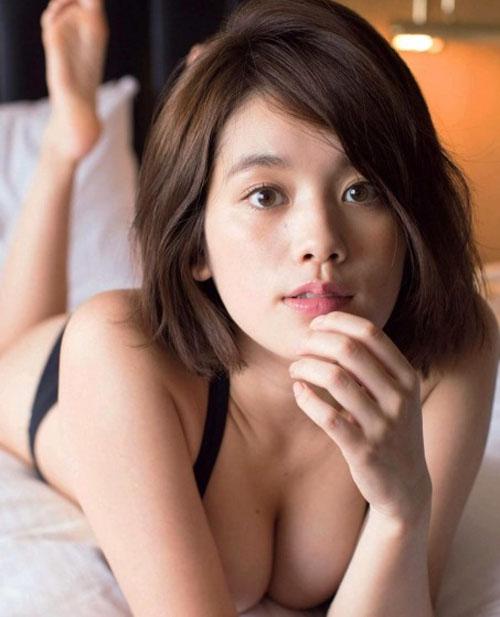 【筧美和子の垂れ乳Fカップ巨乳おっぱいに悩殺】画像40枚