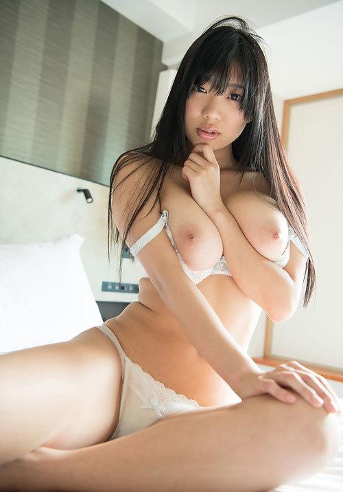 桐谷まつりのHカップ天然美巨乳おっぱい89