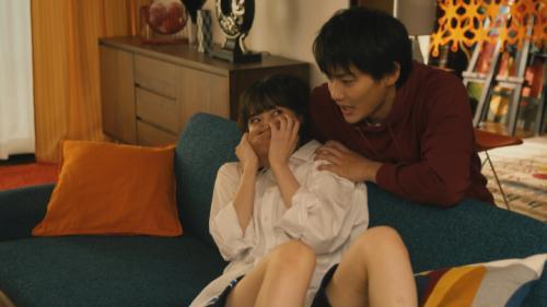 【西野七瀬キャプエロ画像】実写ドラマ『電影少女』第2話、恥ずかしいポーズでお尻を突き出すwww