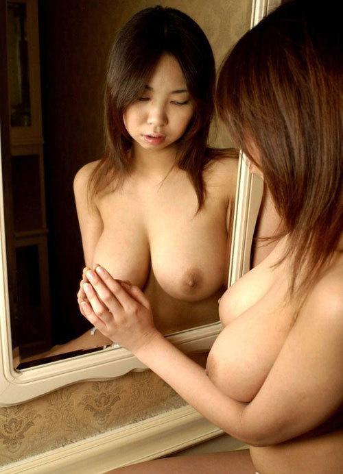 鏡に映るおっぱいと生のおっぱいどっちも好き14