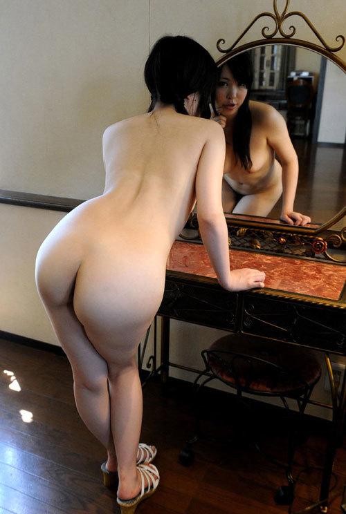 鏡に映るおっぱいと生のおっぱいどっちも好き23