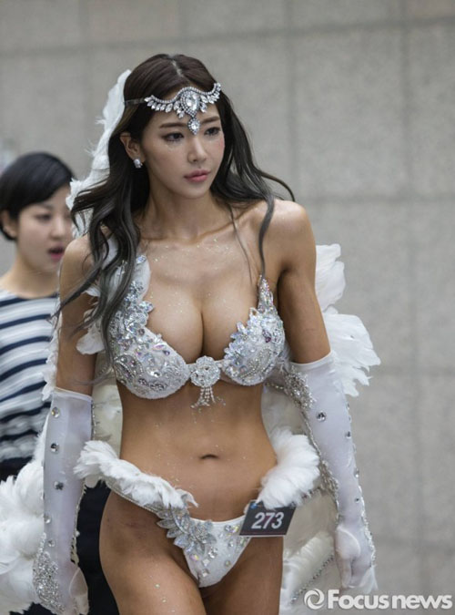 韓国ナンバー1と言われる美尻美女のイ・ヨンファ(26)