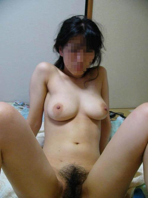 彼氏が撮った彼女の自慢の美乳おっぱい画像43枚