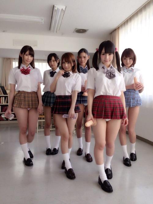 先生、女子のパンツが見たいです part45
