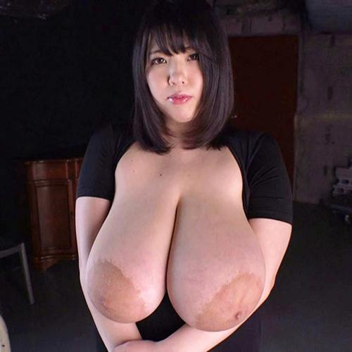 乳輪がめっちゃでかいAV女優・優木いおり(ゆうきいおり) 乳輪の直径が14cm!!!