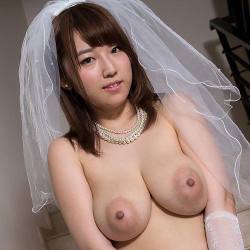 松本菜奈実のJカップ美爆乳おっぱい