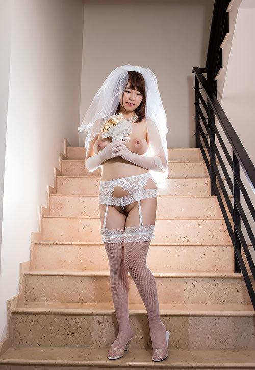松本菜奈実のJカップ美爆乳おっぱい85