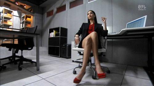 菜々緒さん(29)新ドラマでさっそくエロ画像wwww⇒2ch「もしかしてノーパン?」「くっそエロいwww」