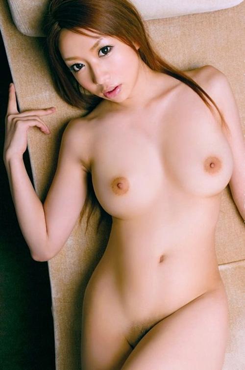 【巨乳おっぱい美人が乳房を見せて誘ってきたら濃厚セックス確定】画像23枚