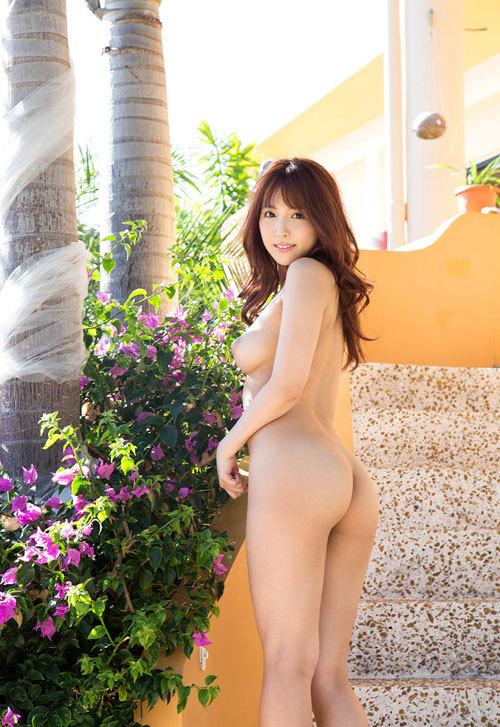 三上悠亜のEカップ美巨乳おっぱい18