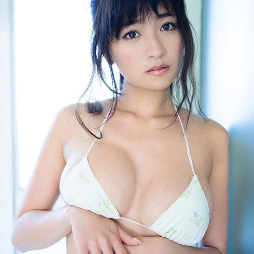 Gカップ巨乳グラドル☆HOSHINOのムッチムチなおっぱいは豊胸!?