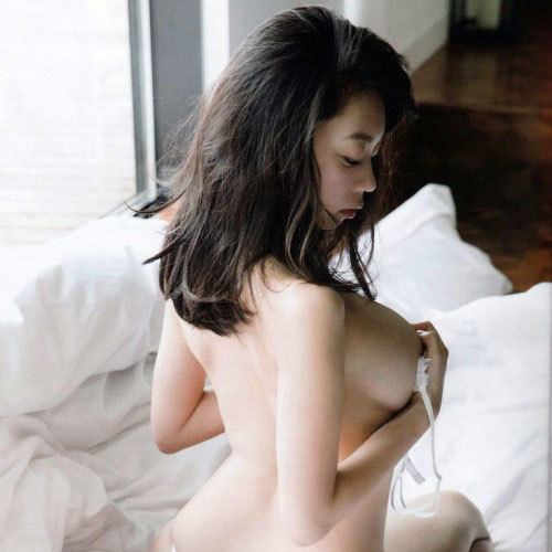 Iカップグラドル青山ひかる NG解禁 セミヌード!画像