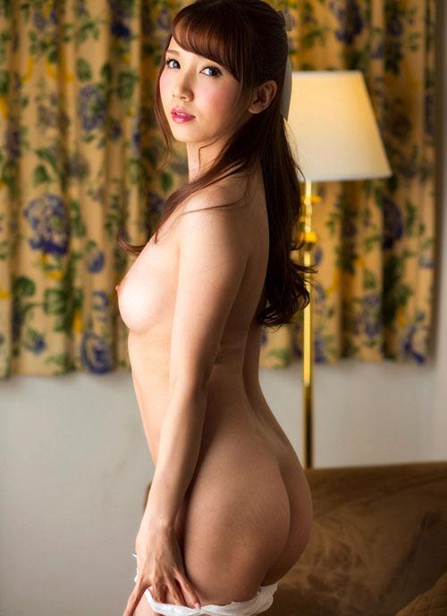 【エロ画像】綺麗なお姉さんの綺麗なお尻