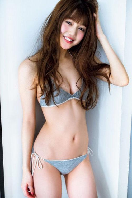 【松川菜々花 おっぱい】モグラ女子の巨乳に包まれたい。