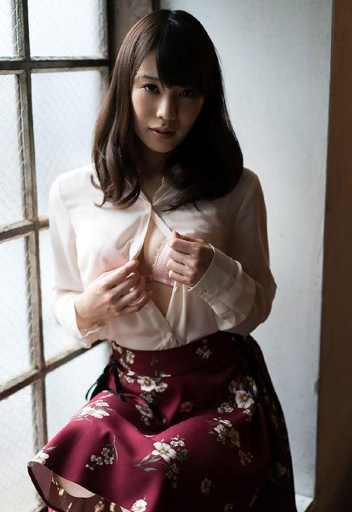 鈴村あいりのDカップ美巨乳おっぱい7