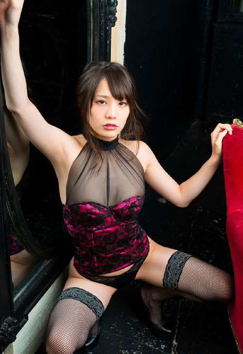 鈴村あいりのDカップ美巨乳おっぱい96